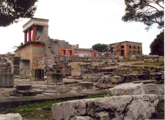 Las ruinas del palacio de Knossos en Creta
